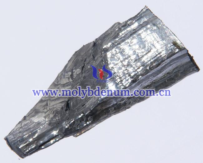molybdenum metal image